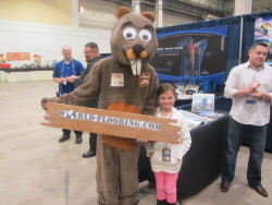 beaver mascot with a girl
