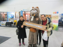 Beaver Mascot with friends posing for picture